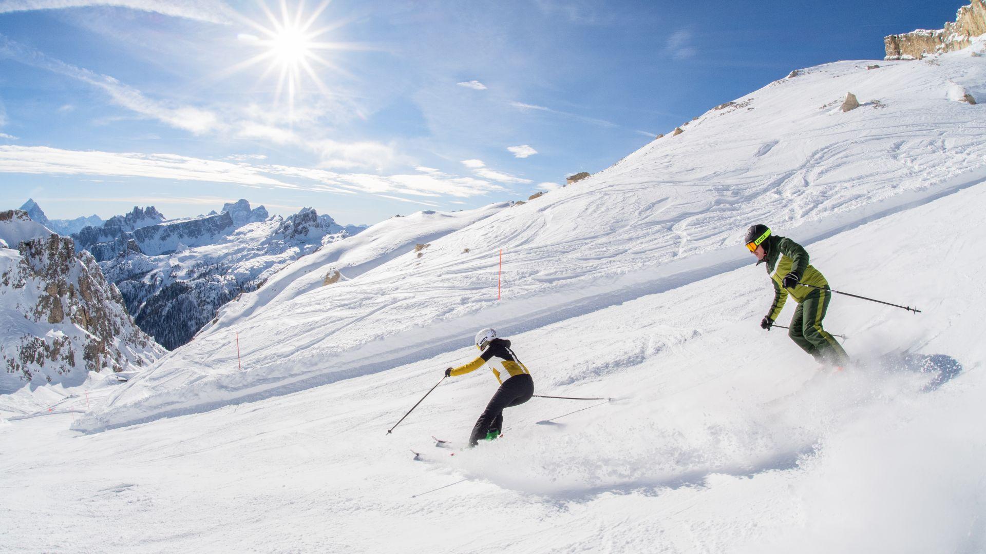 Ski, Italien, Dolomiten, Marmolada, Gruppenreisen, Reisen, Snowboard, Skikurse, Kinderbetreuung, Winter,