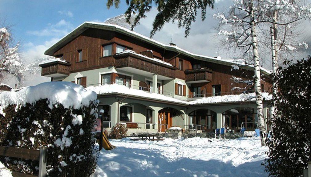 italien, bormio, Santa Caterina - Valdidentro, livigno, snowboard reisen, skiurlaub, berlin bus, busreisen, gruppenreisen, skireisen, sporthotel, kinder ski, sportclub, skihütte, preiswert, familienreisen nevada