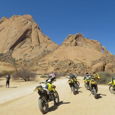 Motorradreisen Motorradtouren Afrika Namibia windhoek