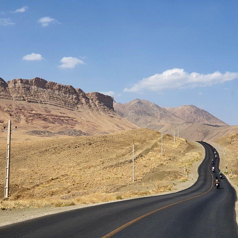 mittlerer osten, iran, motorrad, motorradreisen, touren, gruppenreise, rundfahrten,  preiswert, günstig, wüste, Isafahan, Garmeh, Yazd, Kerman, Shahdad, Bam, Sirjan, Shiraz, Persepolis, Yasuj